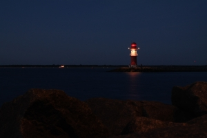 lighthouse-892692_1920
