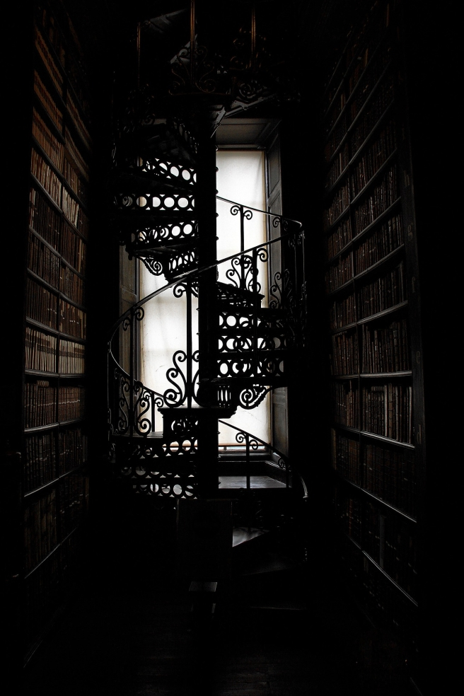 spiral-staircase-877834_1920