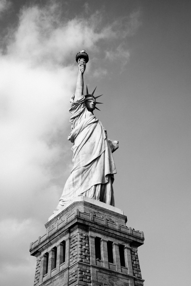 statue-731237_1920