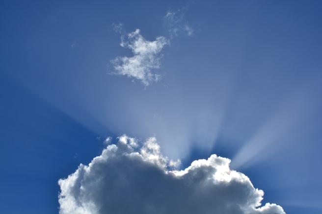 clouds-295695_1920