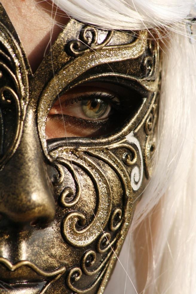 mask-1024024_1280