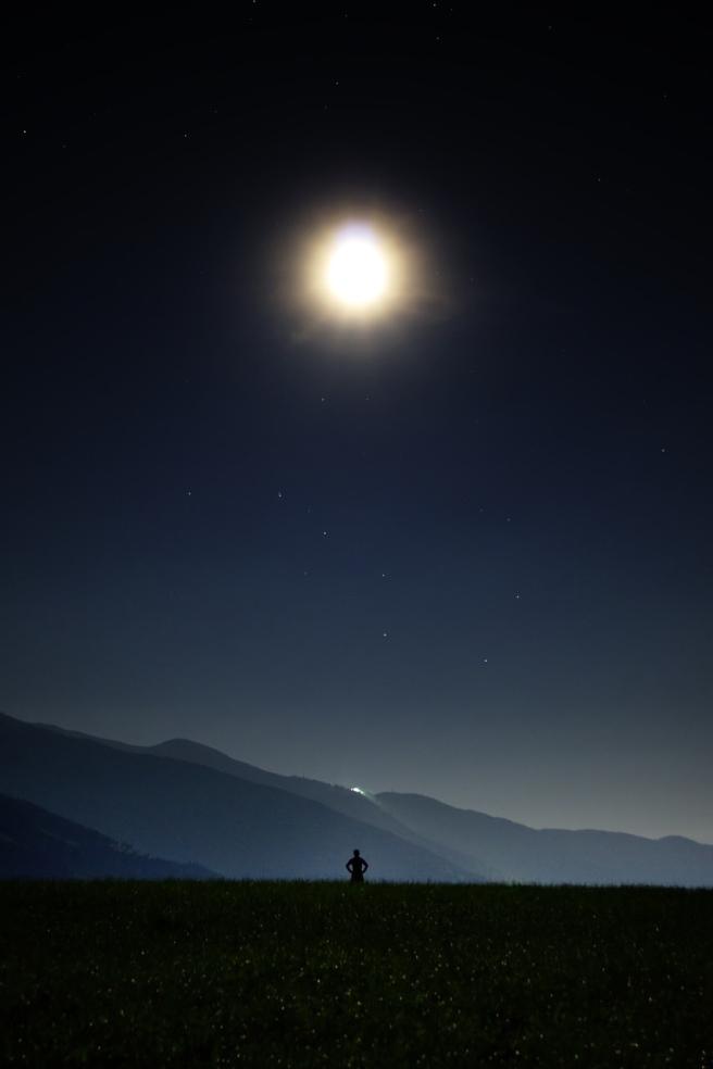 night-913046_1280