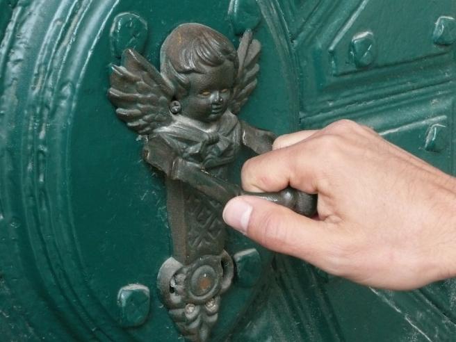 doorknob-686491_1280