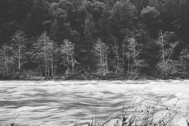 river-595095_1280