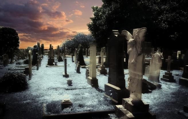 graveyard-381095_1280