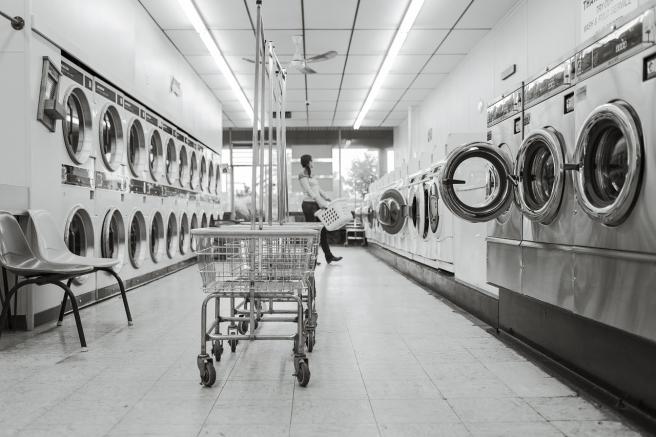 laundry-saloon-567951_1280