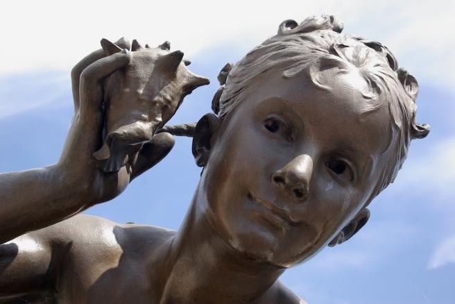 sculpture-1445167_1280