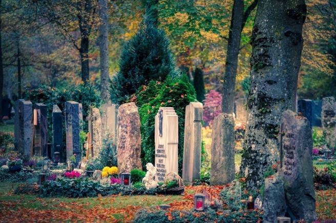 cemetery-5212450_1280